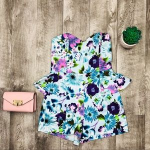 L'ATISTE Other - BRAND NEW FLORAL ROMPER